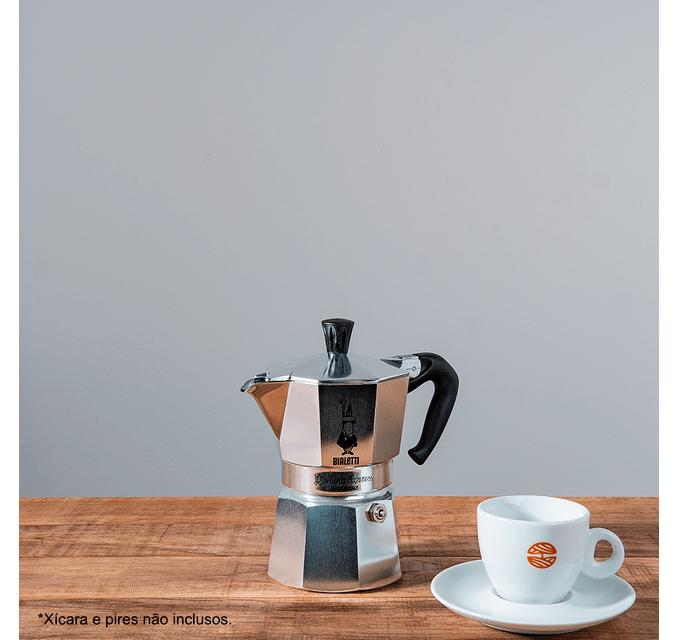 cafe-orfeu-cafeteira-italiana-mocha-bialetti-prata-pequena-